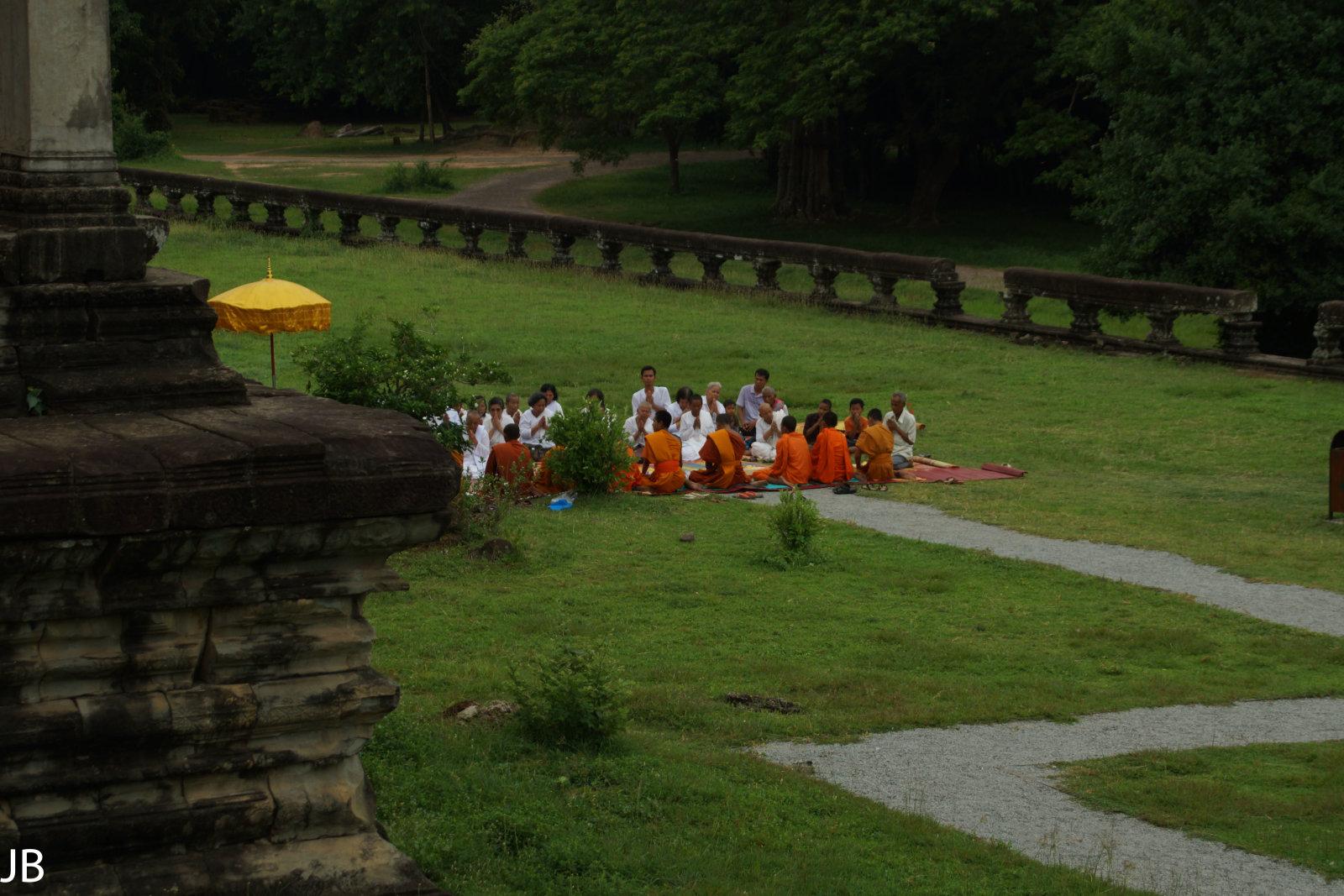 Eine Gruppe Mönche.